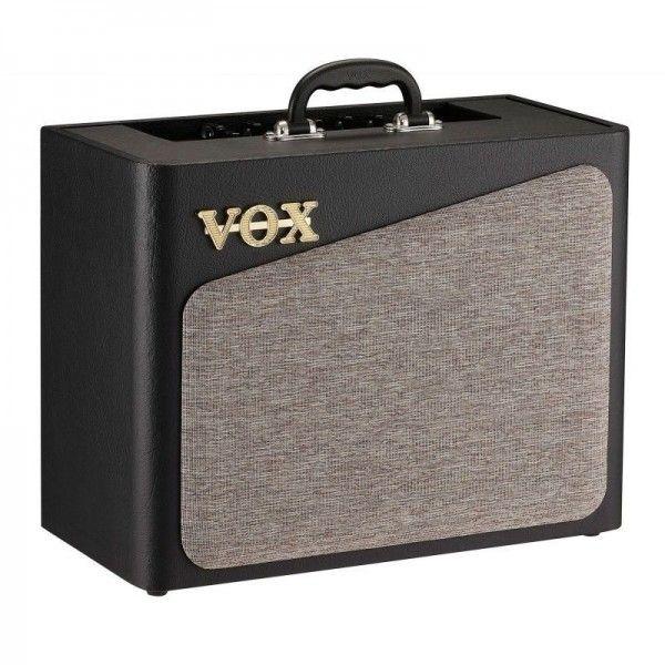VOX AV15 front