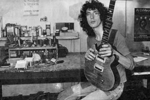 Paul Reed Smith en su taller en el año 1985